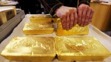 Gold posts second loss in a row, but analysts see higher prices ahead