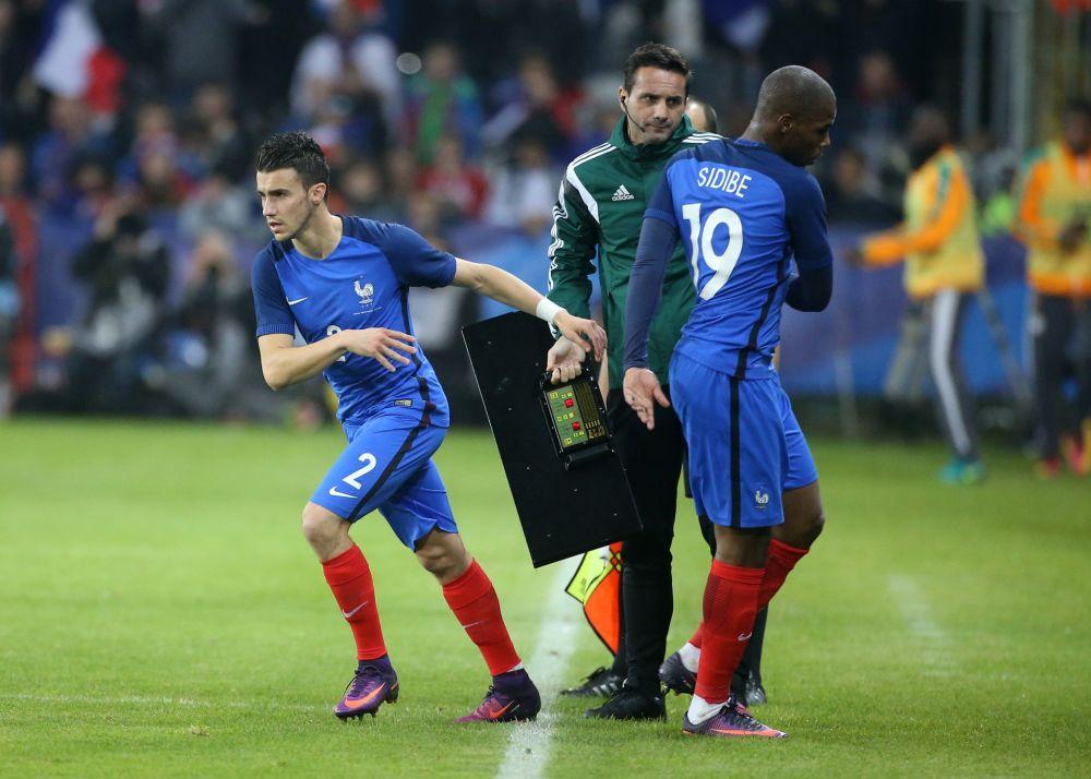 Sébastien Corchia rejoint l'équipe de France suite à la blessure de Djibril Sidibé.