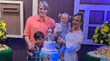 Eliana comemora com festa aniversário da caçula, Manuela