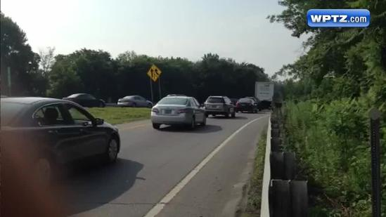 Tractor-trailer clean up ties up traffic