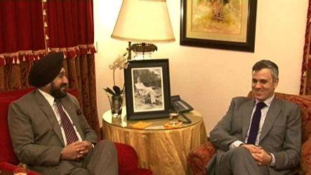 Army Chief meets J&K CM on Chinese incursions