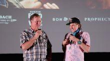 Val Kilmer meets fans at special screening of original 'Top Gun' in Texas