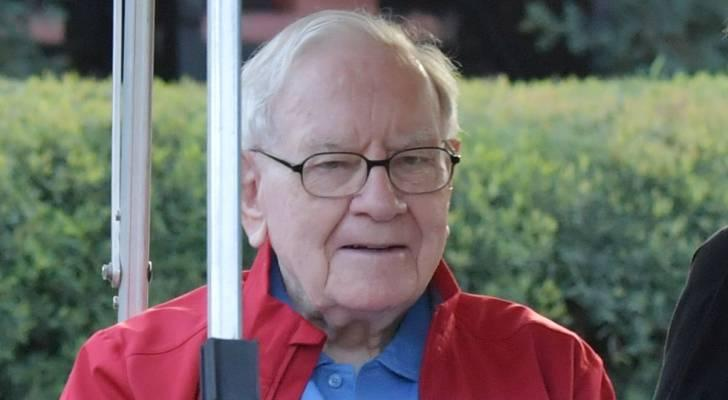 7 timely Warren Buffett quotes to help guide you in this risky market