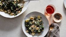 This Pasta Recipe Is the Answer to Your Weeknight Dinner Prayers