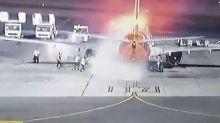 Paura all'aeroporto di Sharm El Sheikh: velivolo prende fuoco in pista