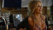 Aos 60 anos, Sharon Stone exibe boa forma e conta como conquistou papel escrito para atriz de 25