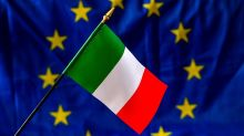 What a potential cut in Italy's credit rating means for an already sinking euro