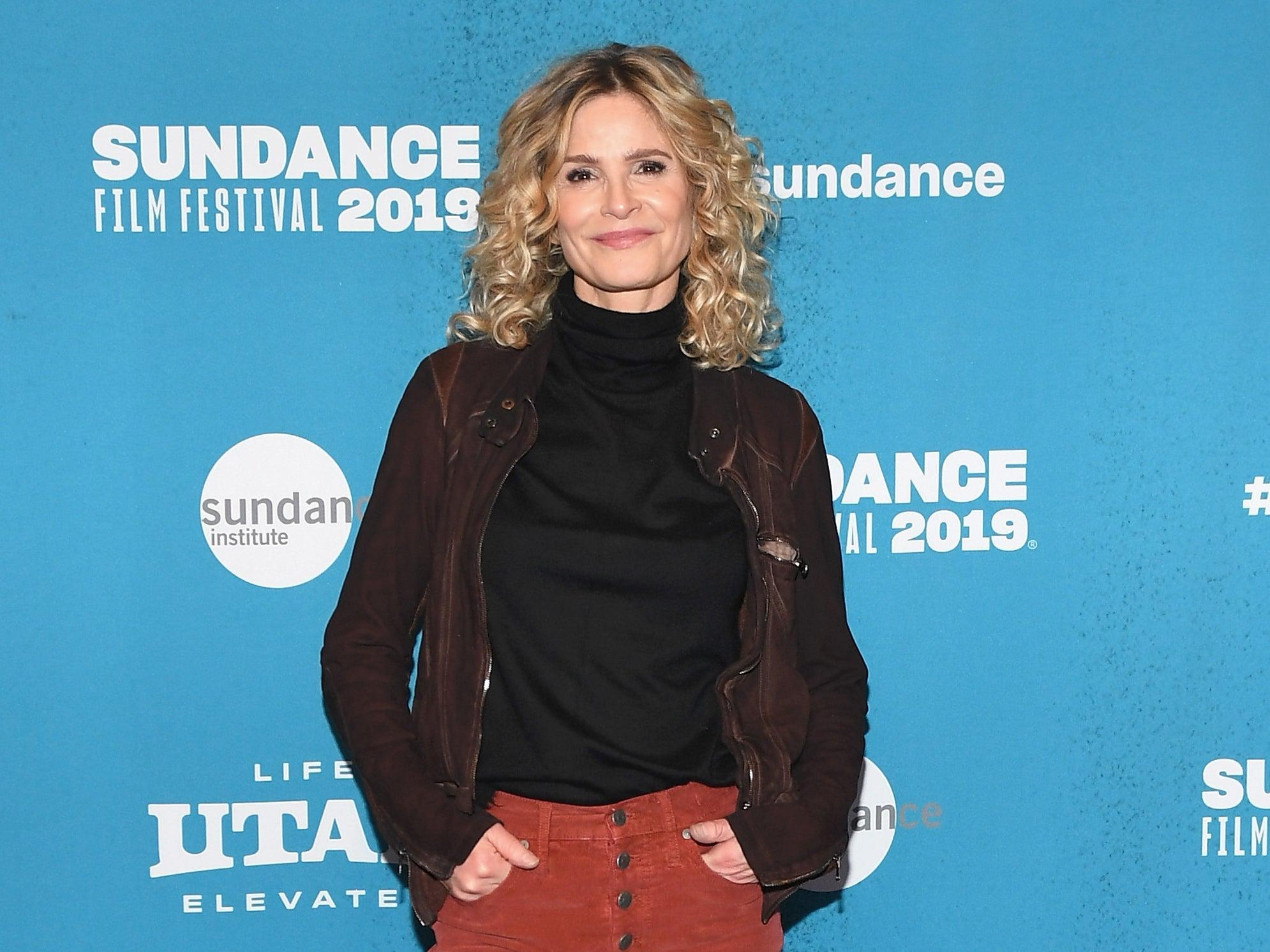 Kyra Sedgwick reveals what happened when she hit a 'panic button' at Tom Cruise's house: 'I didn't get invited back'
