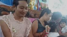 Padre soltero se vistió de mujer para acompañar a sus hijos en el Día de la Madre