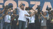 Salvini: Conte ha perso la testa. Capace di dire qualunque cosa