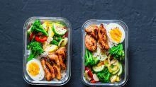 Corte seus gastos com alimentação pela metade, cozinhando em casa
