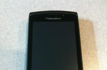 Exclusive: BlackBerry 9800 for AT&T fully exposed!