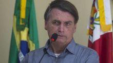 Bolsonaro chama ONGs de 'câncer' e Greenpeace contra-ataca