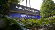 Kinder Morgan secures commitments for Trans Mountain after dip