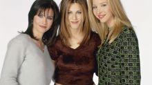 """""""Friends"""" :  Revolution lance une collab maquillage inspirées de Rachel, Monica et Phoebe"""