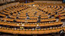 Covid non è sconfitto, ma gli eurodeputati hanno vinto: torna la diaria!