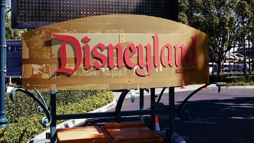 Disneyland to Become Orange County's First Massive COVID ...
