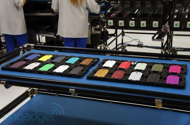 See how the Moto X is made (video)