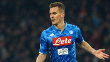Sem ser inscrito pelo Napoli na Liga Europa e no Campeonato Italiano, Milik ficará até janeiro sem atuar