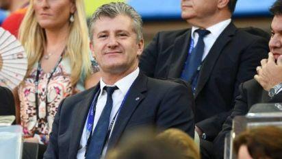 Foot - CRO - Davor Suker n'est plus président de la Fédération croate