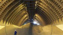 ADM Said to Seek Bunge Merger Talks as Grains Traders Struggle