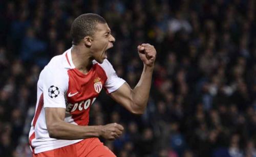 Xi... Mbappé, em conversas com o PSG, não é relacionado no Monaco