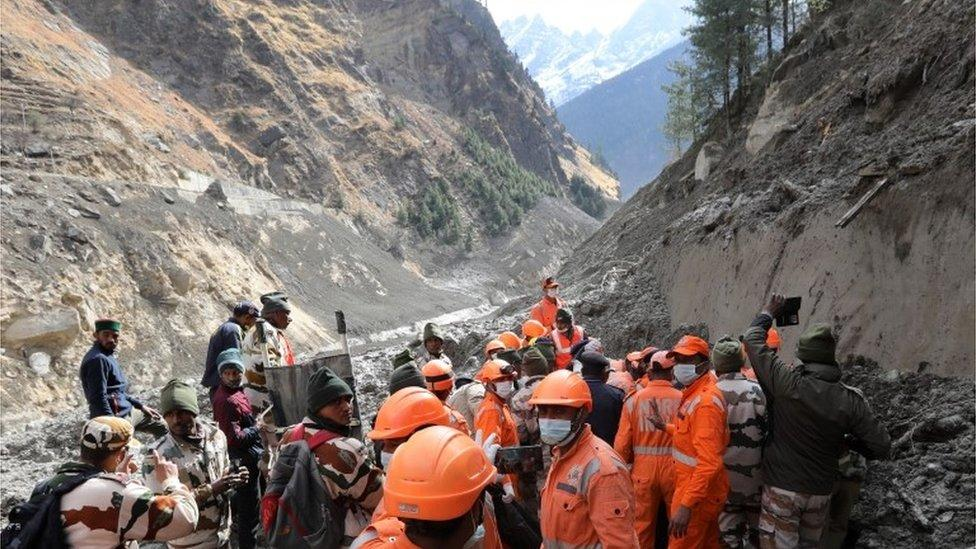 'Hanging' glacier ruptured to trigger flooding in India