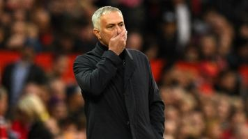 Mourinho será demitido caso United não fique no G4 do Inglês, diz jornal