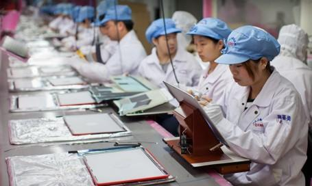 Apple now tracks hours for 1M supply chain workers