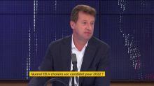 """Présidentielle 2022 : """"On ne peut pas laisser le drapeau de l'écologie sans personne pour le porter"""", affirme Yannick Jadot"""