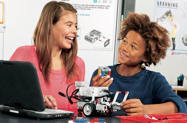 Lego Mindstorms EV3 kit gets an education, school-friendly platform to ship August 2013