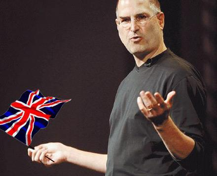 Steve Jobs arrives in London: jeans, turtleneck and New Balance expected soon