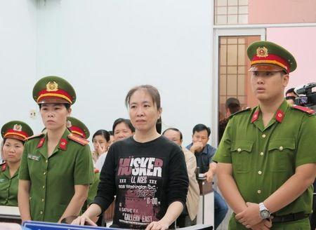Vietnamese court upholds prominent blogger's 10-year jail term