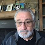 Robert De Niro pays tribute to the late Ruth Bader Ginsburg and urges Americans to vote