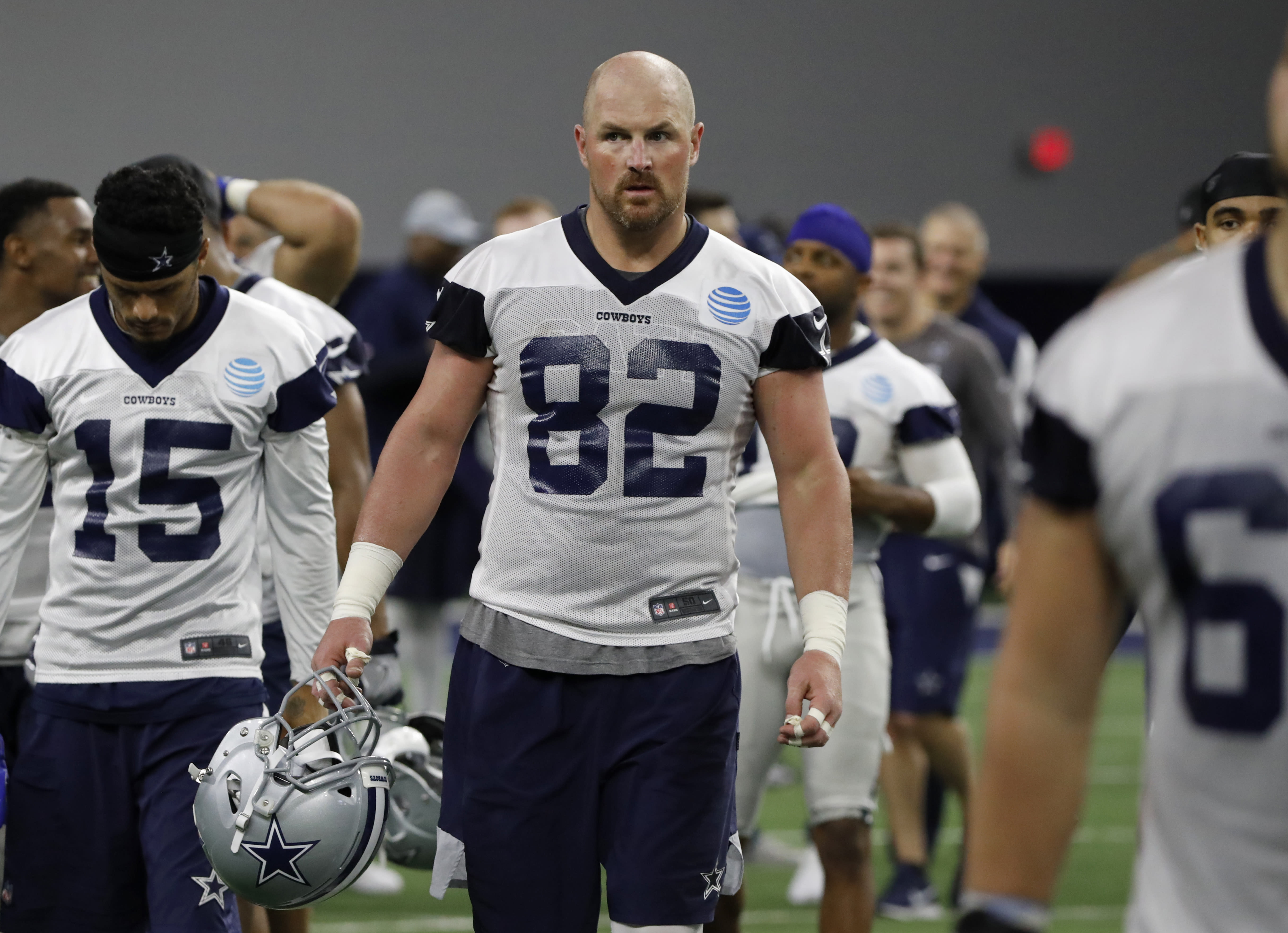 905d4b1a60f NFL: Jason Witten trying to avoid training camp roommate