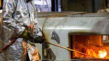 Explosão deixa 30 feridos e paralisa usina siderúrgica da Usiminas em MG