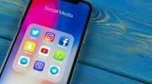Facebook VS Twitter 誰更值得買入?