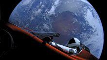 La Tesla di Elon Musk nello spazio ha compito il primo giro attorno al Sole