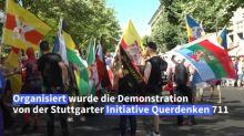 Tausende demonstrieren ohne Maske in Berlin gegen Corona-Politik