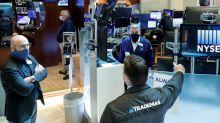 Balanços e Microsoft elevam Wall Street com investidores no aguardo de estímulos