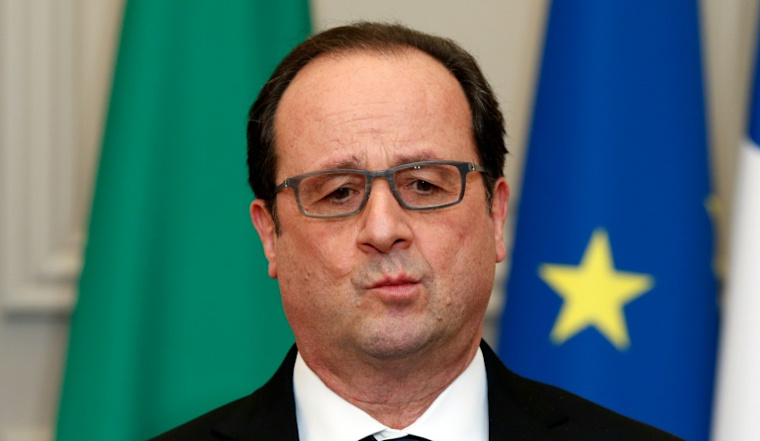 France's Hollande to announce government shake-up