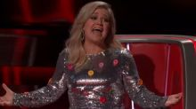 'The Voice' ruins Kelly Clarkson's birthday with bad news