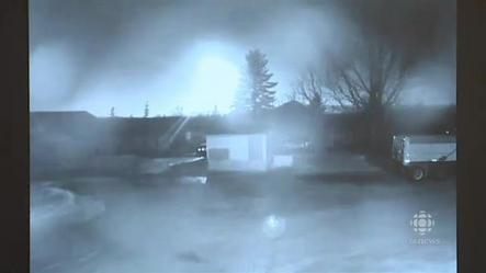 RAW Fireball on security camera (Murphy Farms, China Point, P.E.I.)