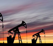 Crude Oil Rises on Recovery Hopes