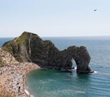 'Closed' Durdle Door packed as tourists ignore pleas from police