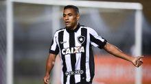 Botafogo libera lateral para a Ponte Preta
