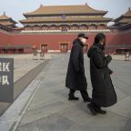 Mongolia closes border, China extends holiday to fight virus