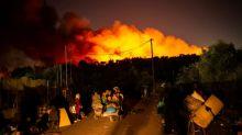 Tausende Menschen demonstrieren in Deutschland nach Brandkatastrophe von Moria