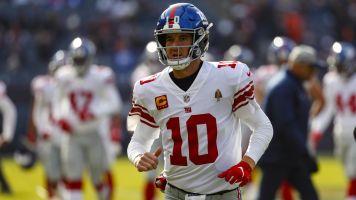 Welcome back: Eli will get MNF start vs. Eagles