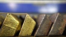 Historic Gold Squeeze Shows Signs of Easing as Investors Exit